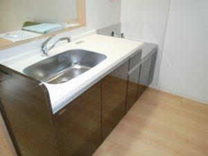 kt-190928-kitchen